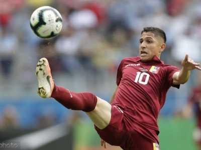 纽卡斯尔联队 西汉姆联和纽卡斯尔想要委内瑞拉国脚萨瓦里诺